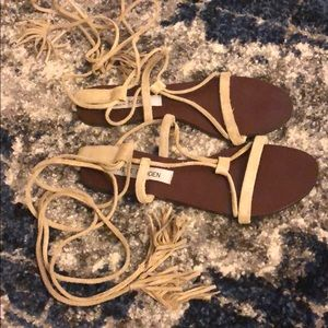 Steve Madden Strappy Sandals in Taupe
